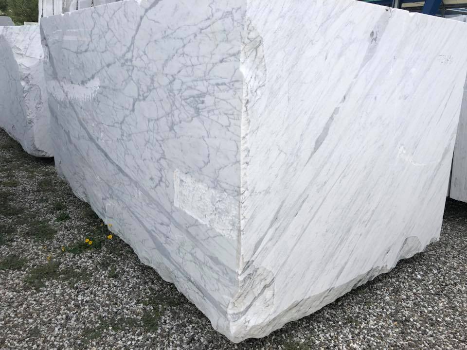 Statuarietto White Natural Marble Blocks