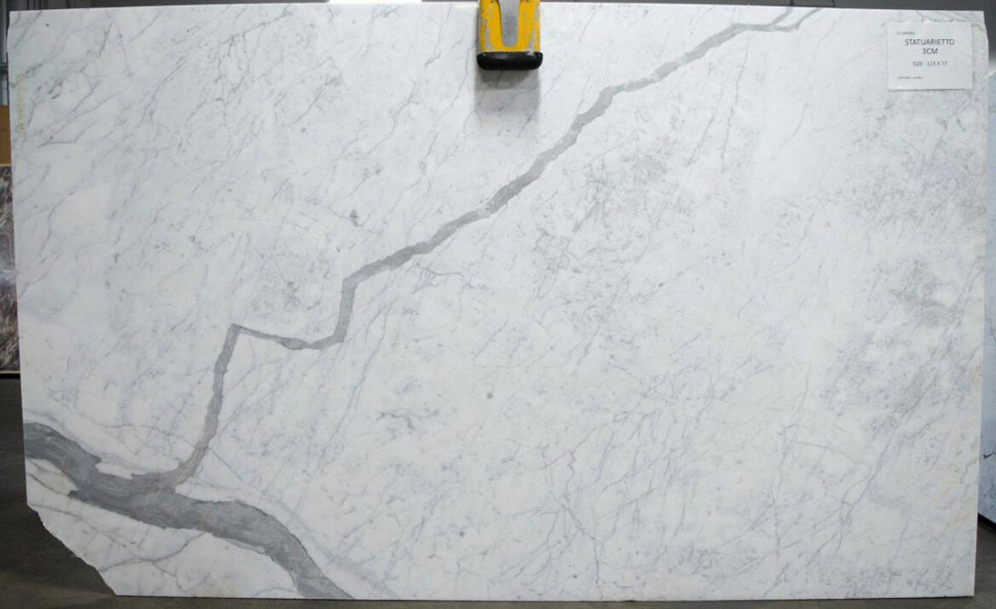 Statuarietto White Polished Marble Slabs