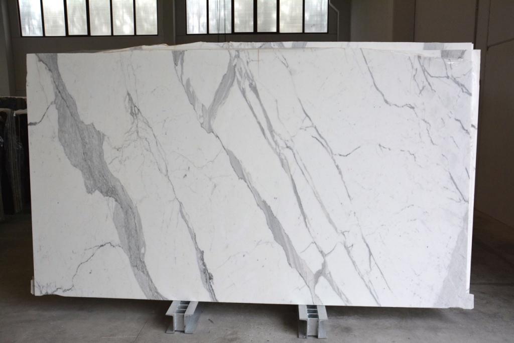 Statuario Extra Lucido White Polished Marble Slabs