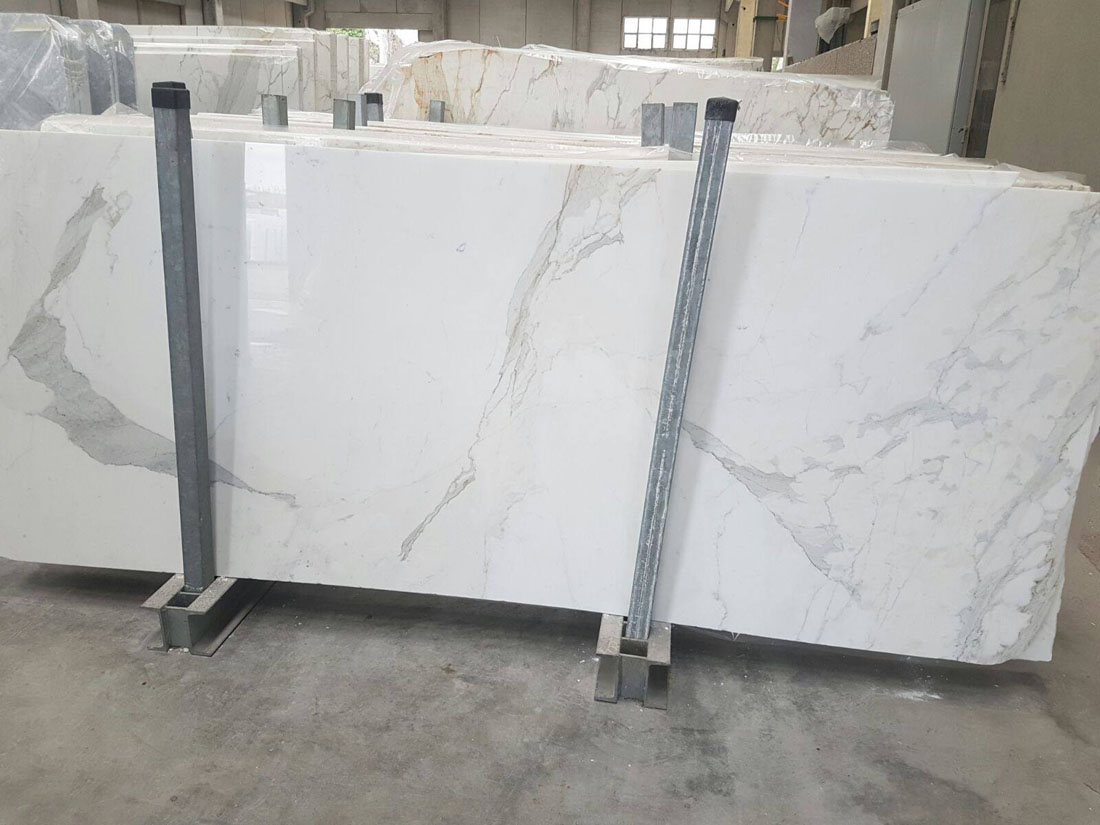 Statuario Extra Polished Marble Slabs from Italy