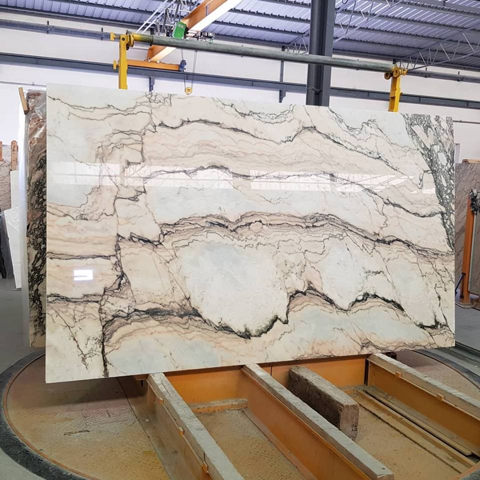 Statuario Rosso Slabs Polished Marble Slabs