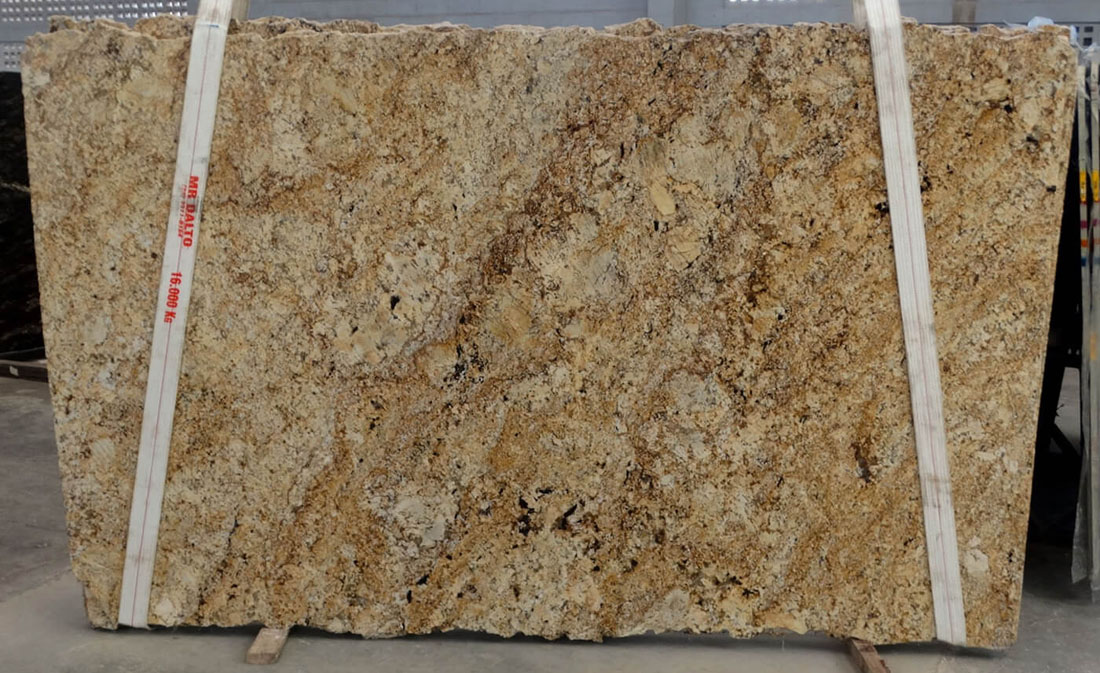 Sunny Gold Granite Slabs Yellow Granite Stone Slabs for Kitchen Countertops