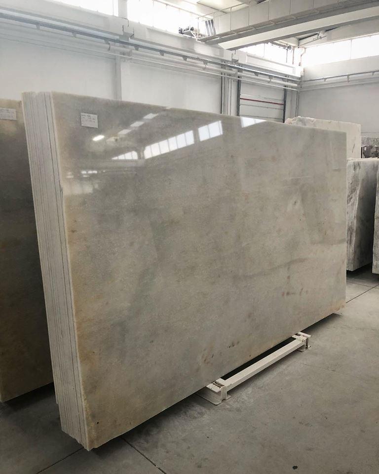Sunny White Slab Polished Marble Slabs