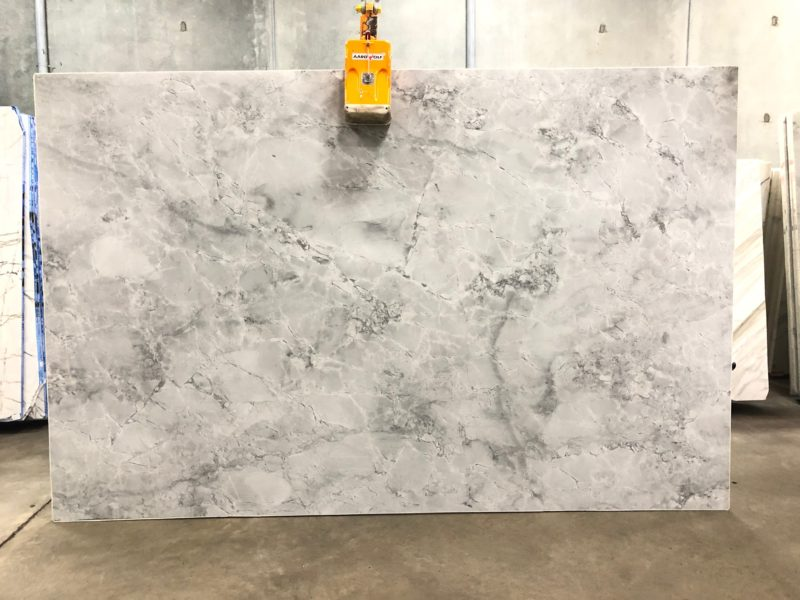 Super White Quartzite Stone Slabs Polished Brazil Quartzite Slabs for Countertops