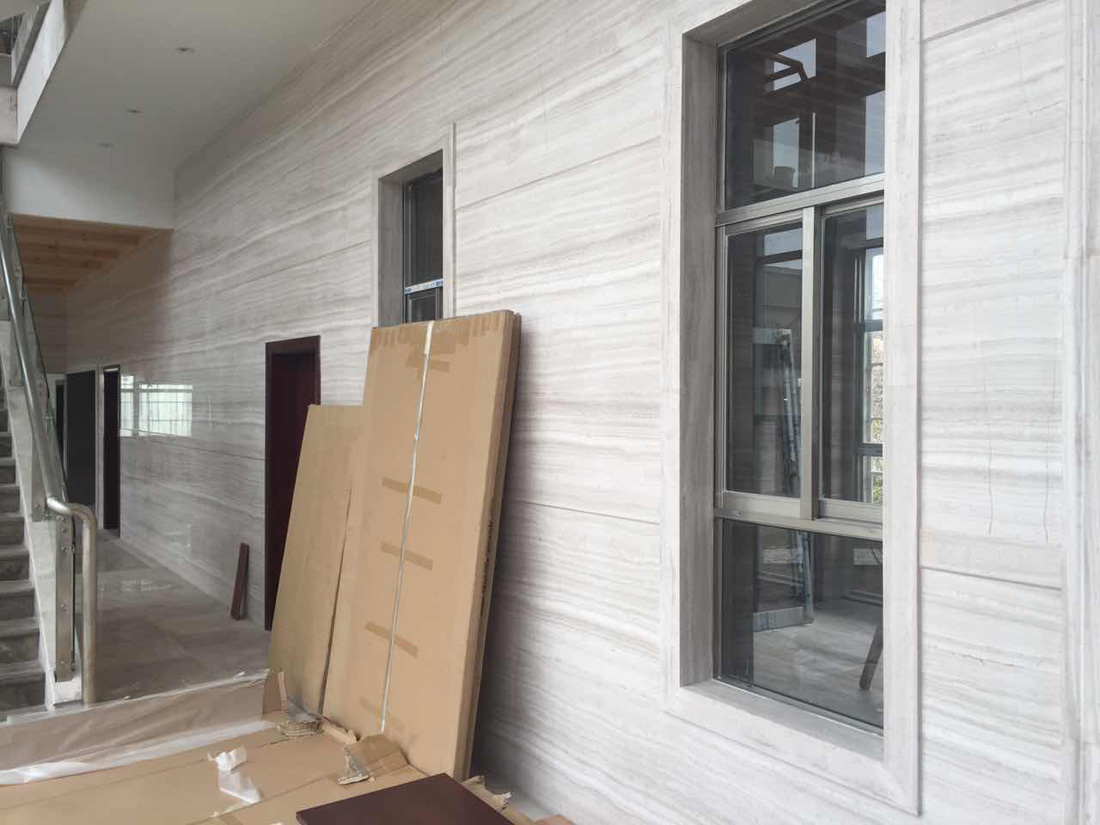 Super White Serpeggiante Wooden Line Marble Wall Cladding Tiles