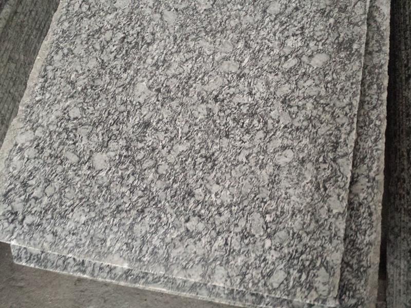 Surf White Granite Tiles Polished Chinese White Granite Tiles