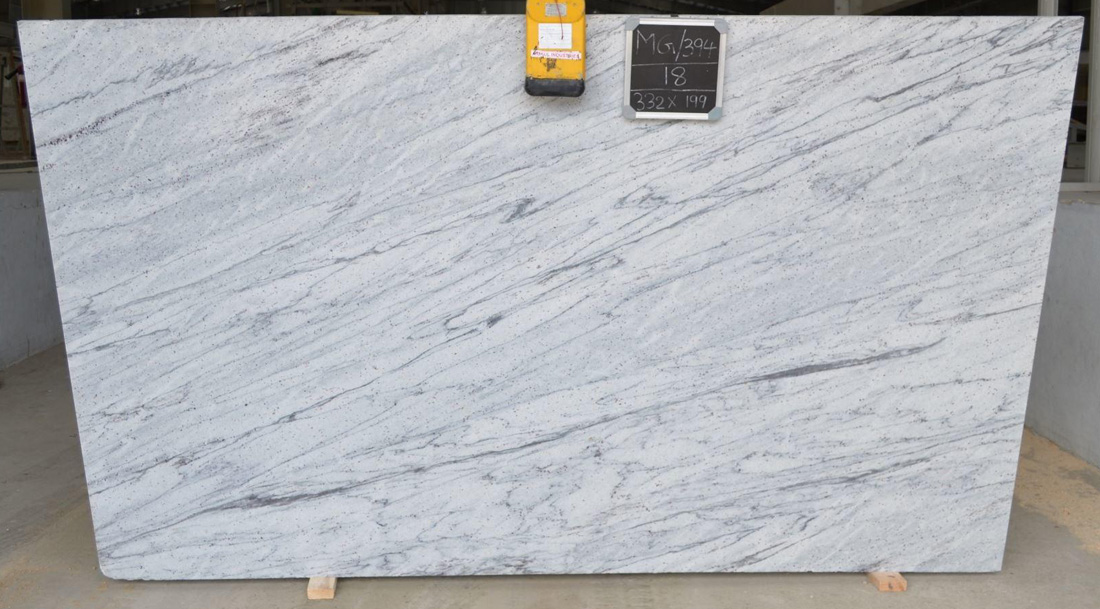 Thunder White Granite Slabs Polished White Indian Granite Slabs