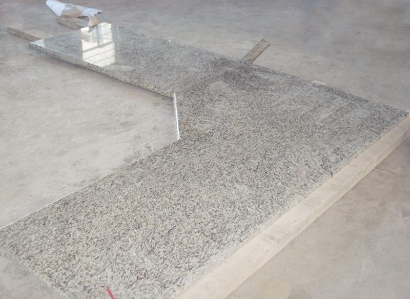 Tiger Skin White Granite Countertops for Kitchen