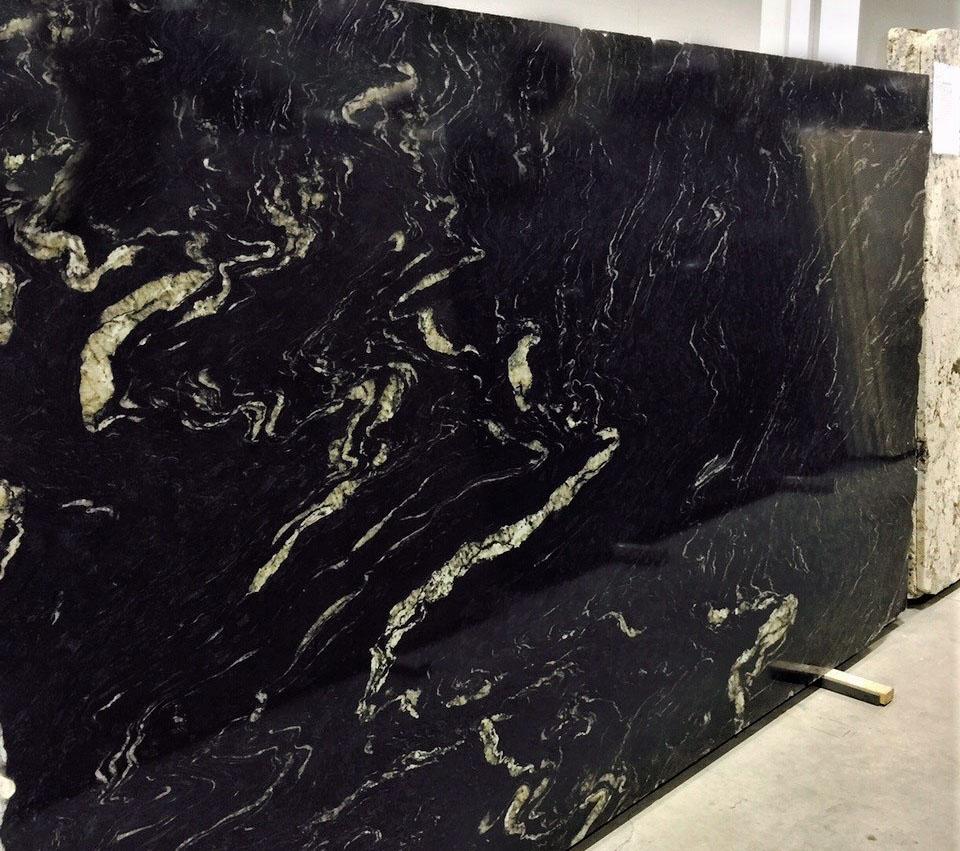 Titanium Granite Slabs Polished Black Granite Stone Slabs for Countertops