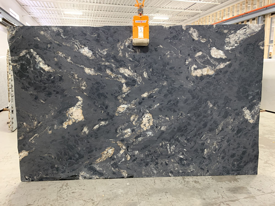 Titanium Leathered 3cm Granite Slabs Black Granite Stone Slabs For Countertops Granite Slabs