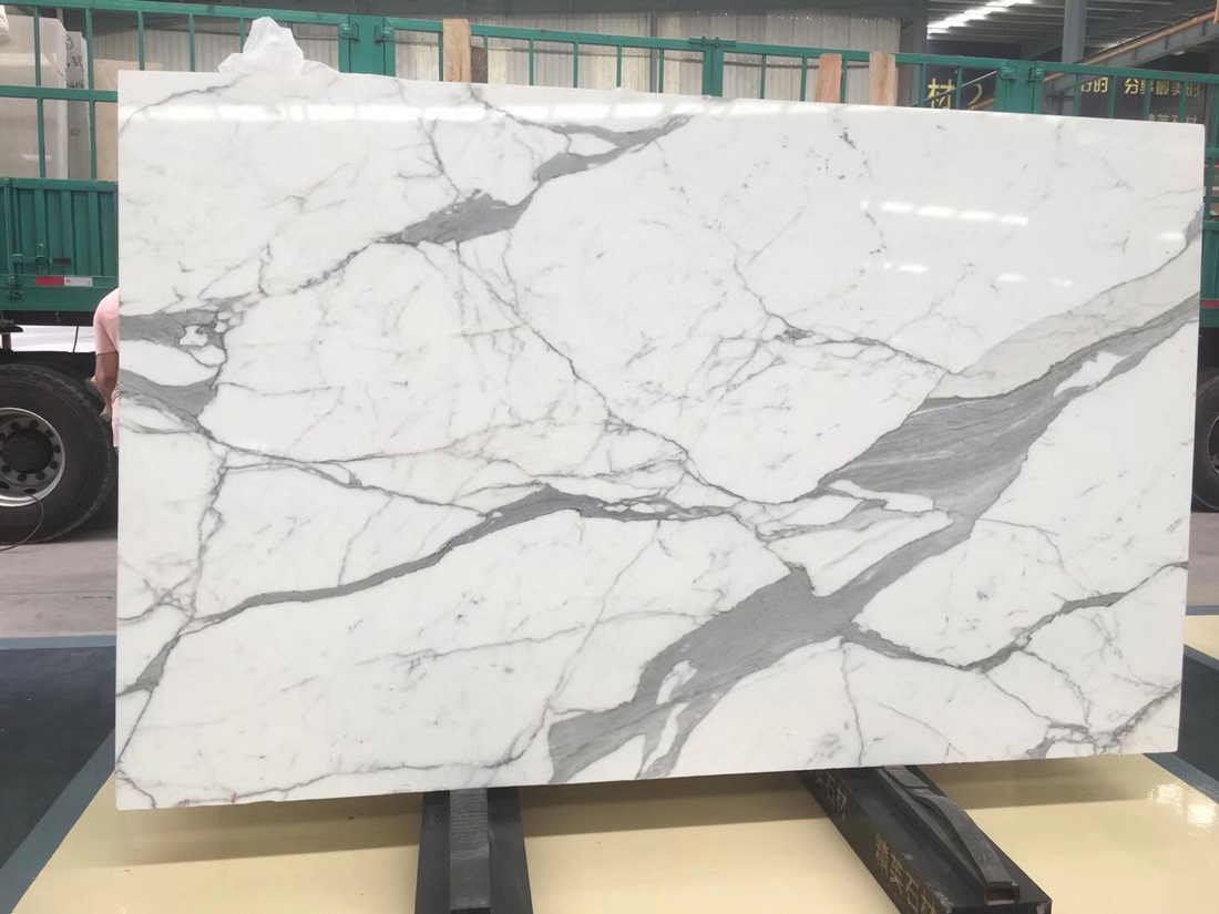 Top Quality Calacatta White Marble Slabs