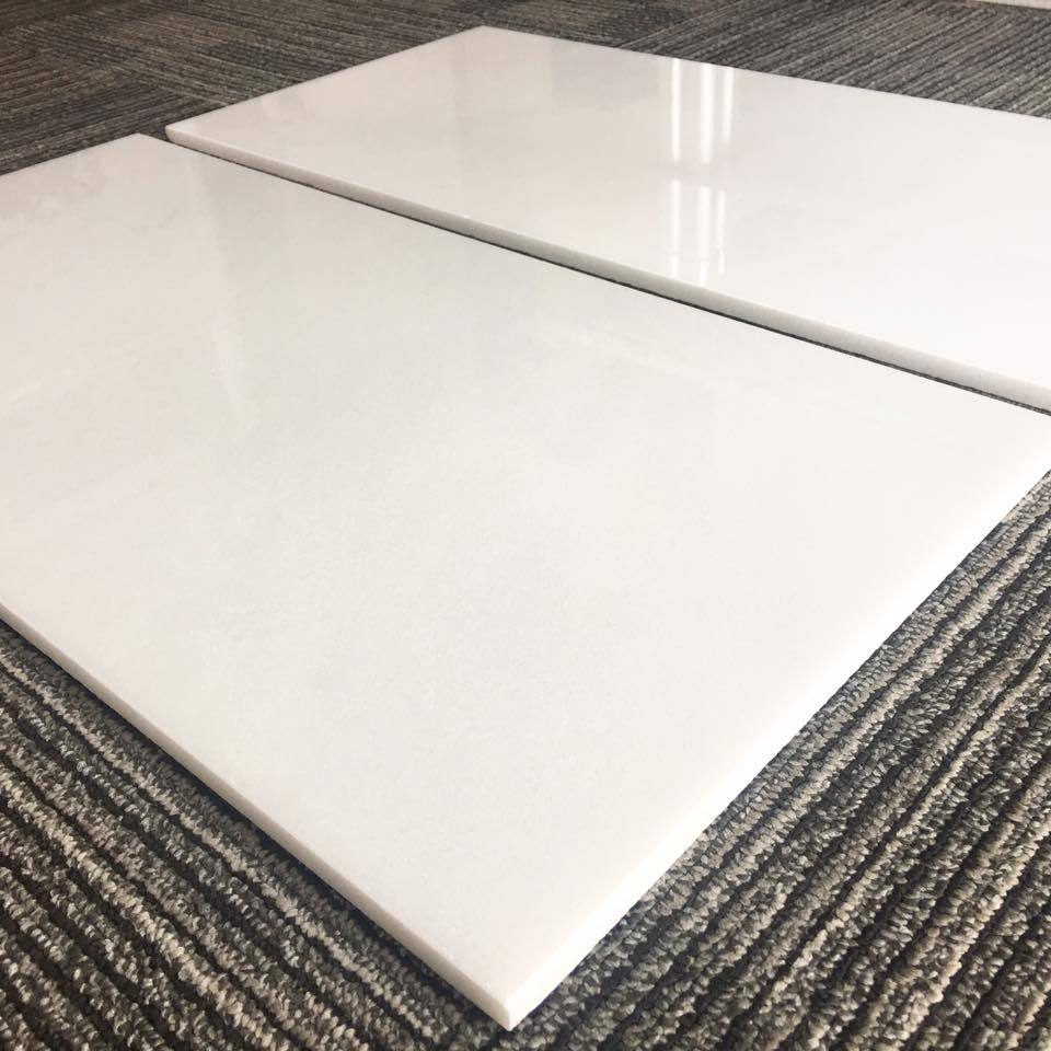 Top Quality Pure White Marble Tiles for Flooring and Walling