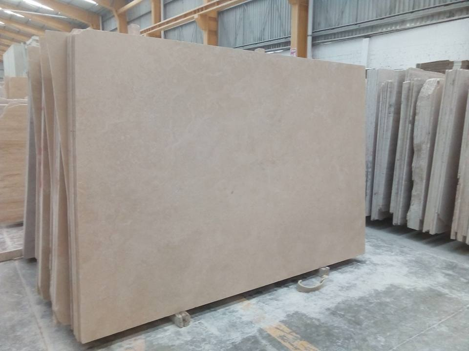 Travertino Navona Beige Travertine Slabs