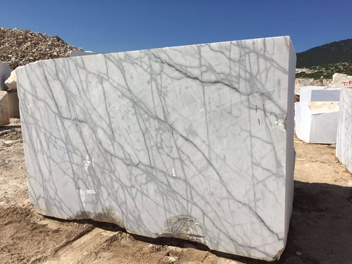 Turco Carrara White Natural Marble Blocks