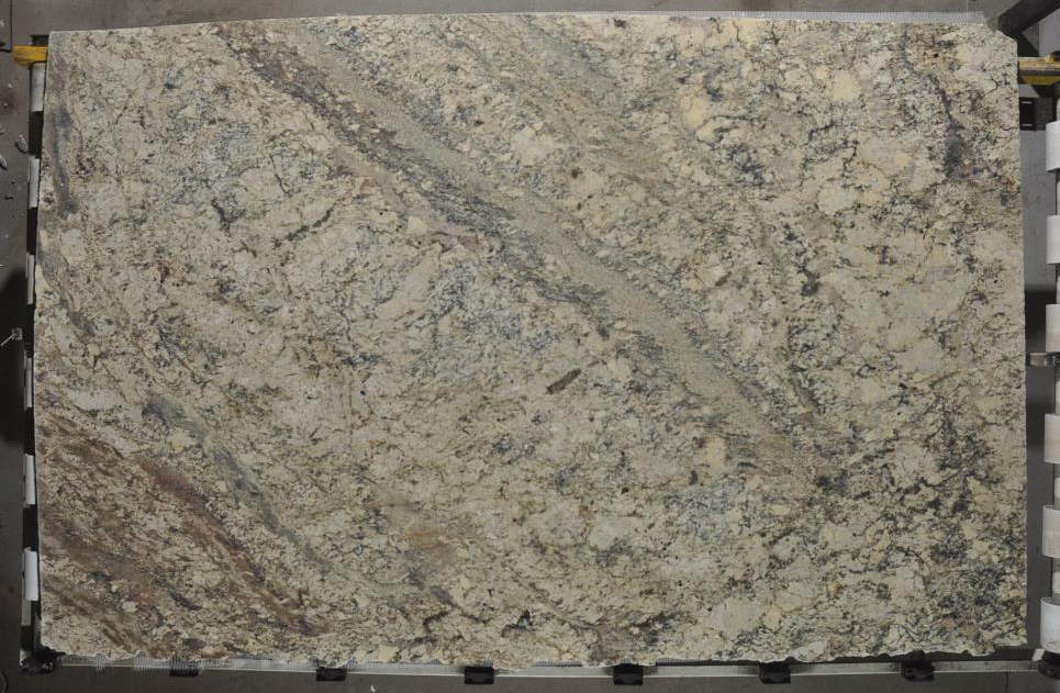 Typhoon Bordeaux Granite Slabs Brazilian Beige Granite Stone Slabs