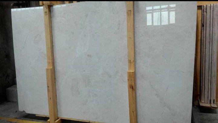 Vanilla White Polished Marble Slabs