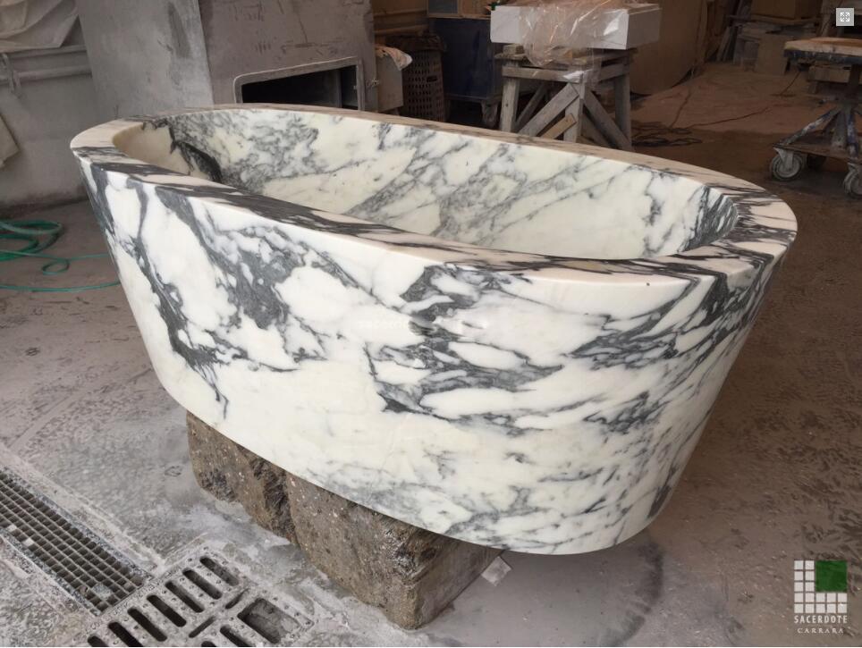 Vasca in marmo Arabescato Cervaiole Marble Bathtub