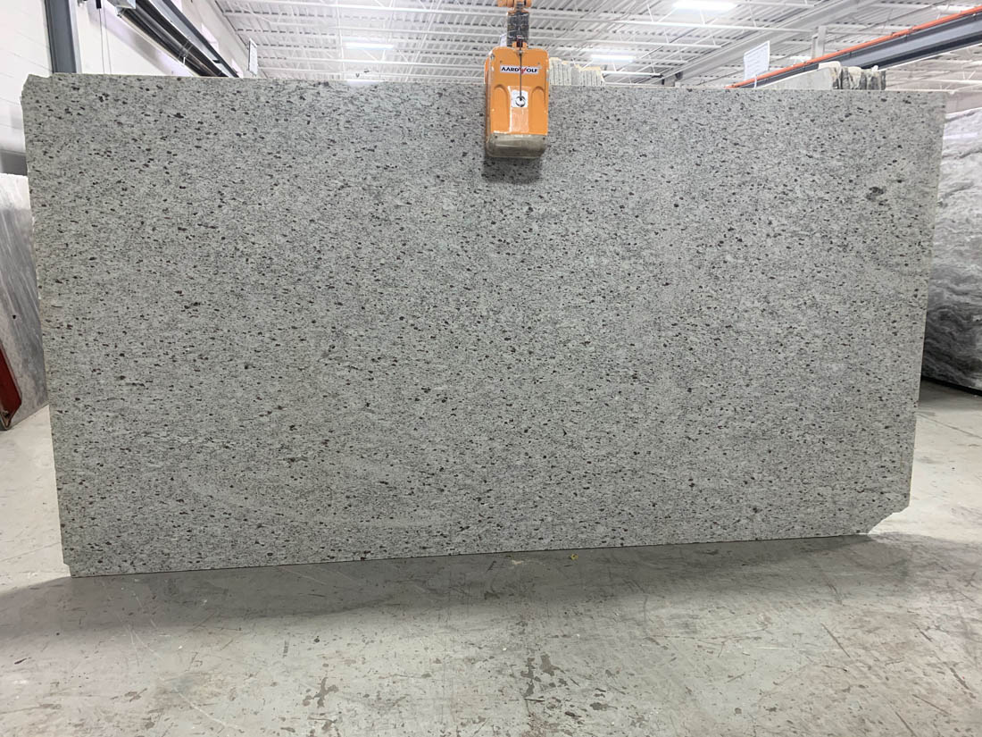 White Galaxy Granite Slabs Polished White Indian Granite Slabs for Kitchen Countertops