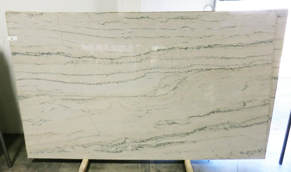 White Macaubas Cross Cut Quartzite Polished Slabs for Kitchen Countertops