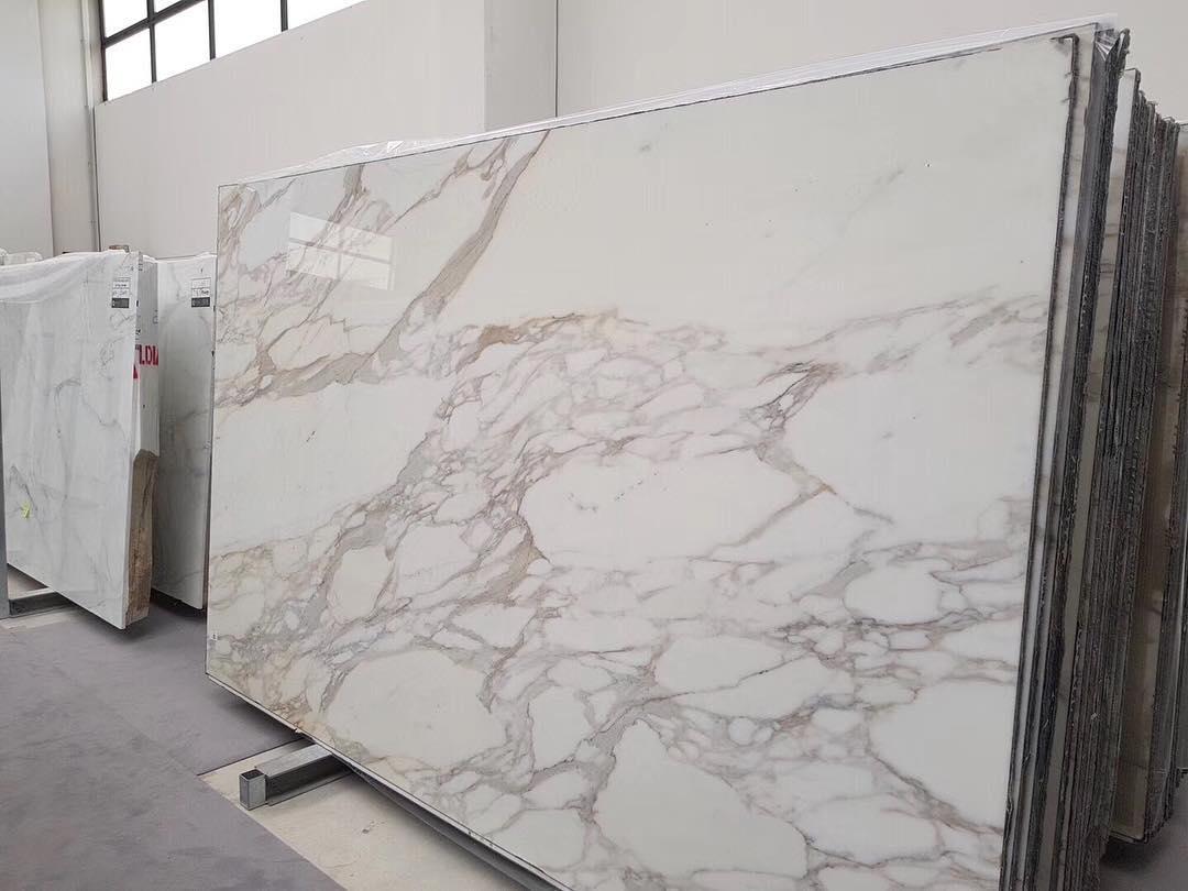 White Marble Slabs Calacatta Slabs