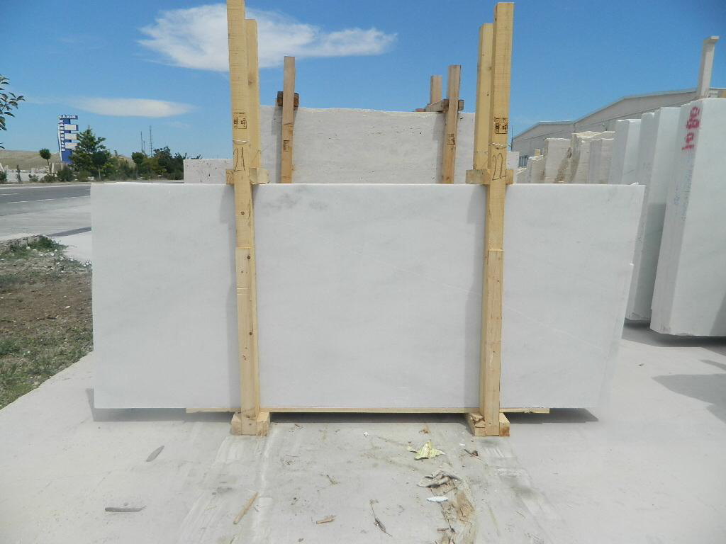White Marble Slabs Polished Marble Slabs for Tiles and Countertops