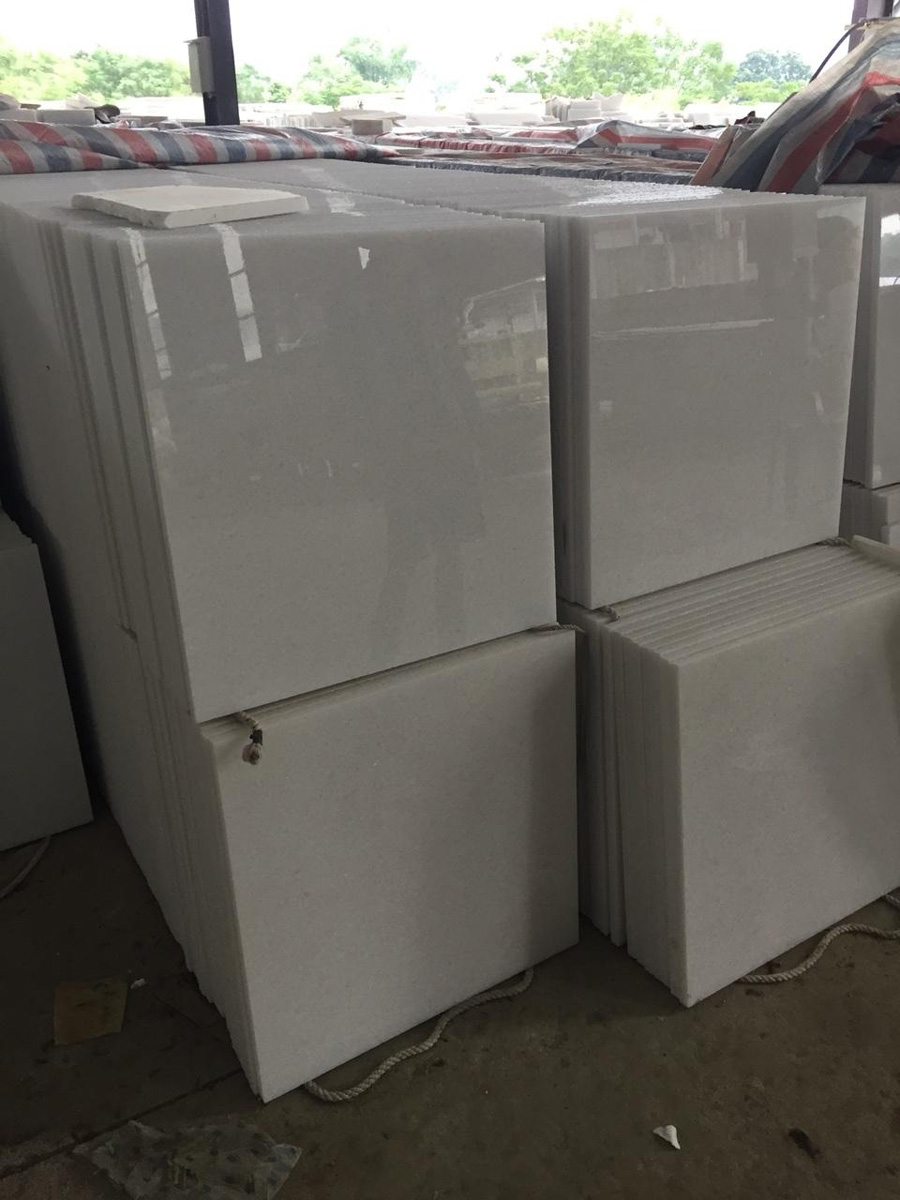 White Marble Tiles Polished Made in VietNam