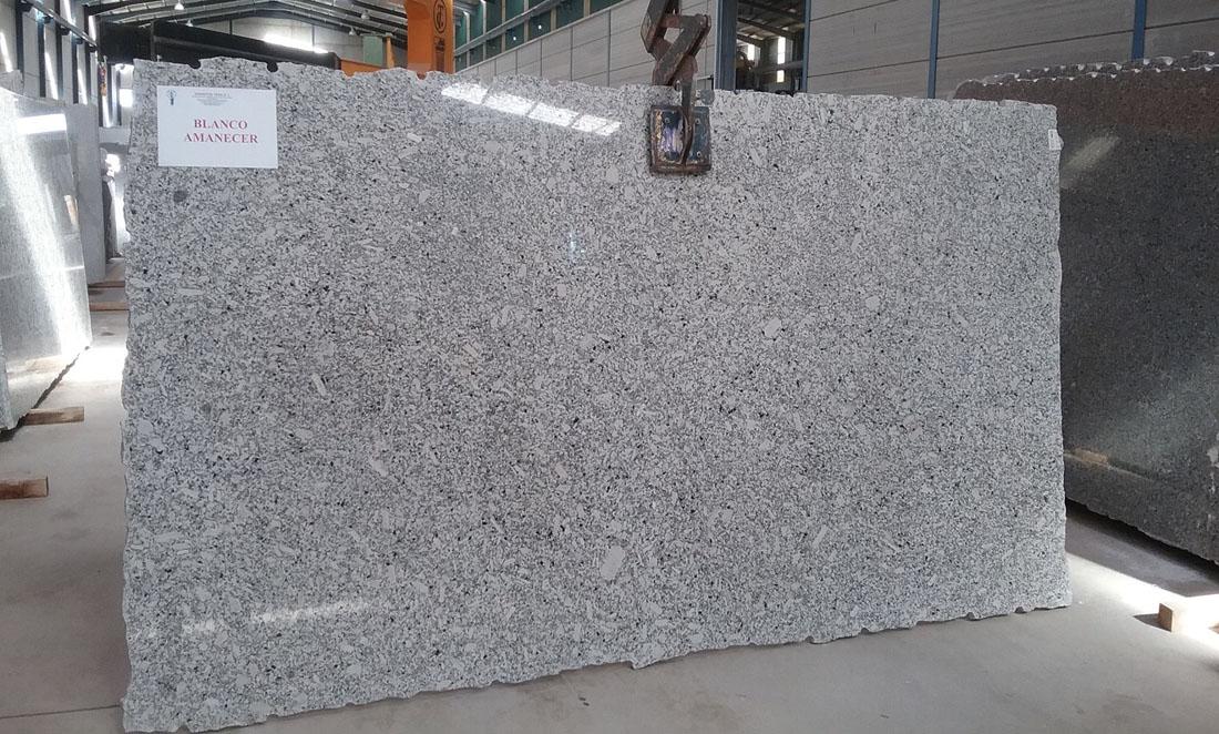 White Polished Granite Slabs Blanco Amanecer Granite Slabs
