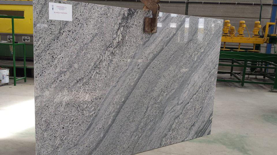White Polished Granite Slabs Blanco Fantasia Granite Slabs