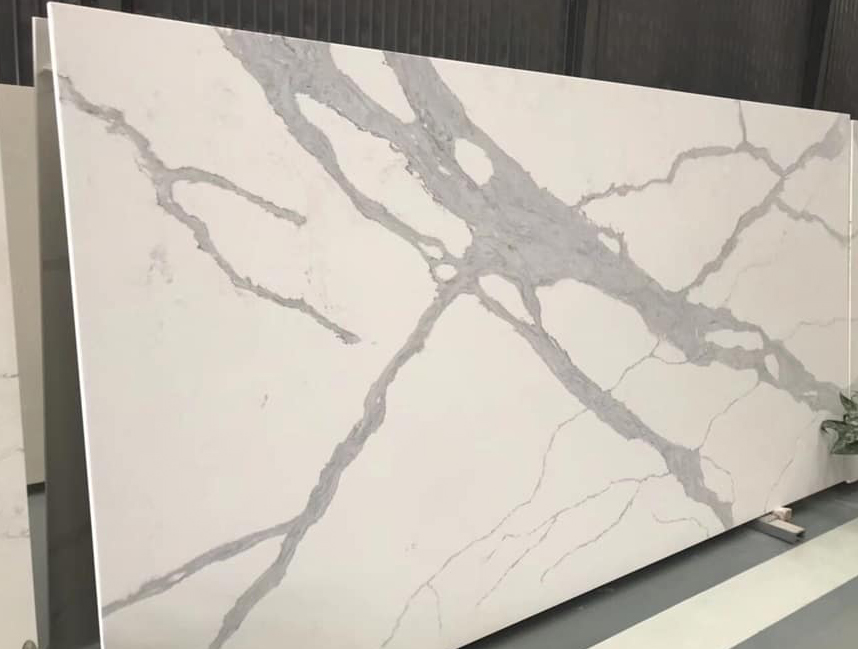 White Quartz Slabs from Chinese Supplier
