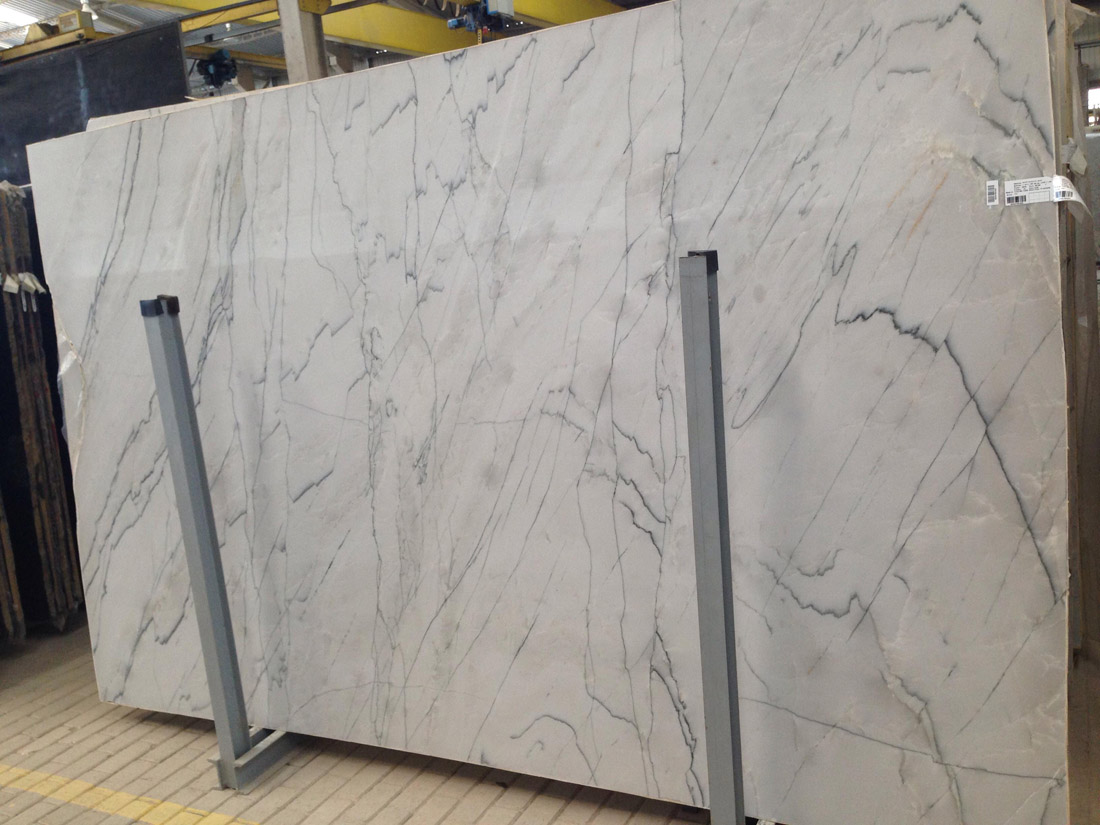 White Quartzite Slabs Polished Calacatta Quartzite Slabs 2cm