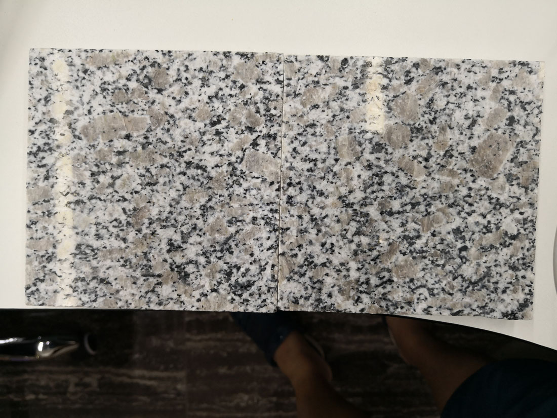Zhaoyuan Flower Pearl Flower G383 Chinese Cheap Red Granite Tiles
