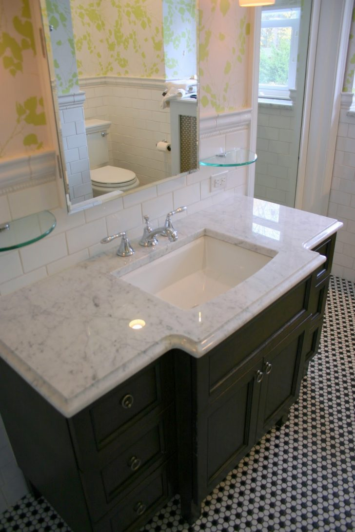 white vanity top bathroom