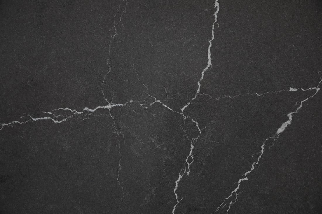 black quartz countertop 6910 1