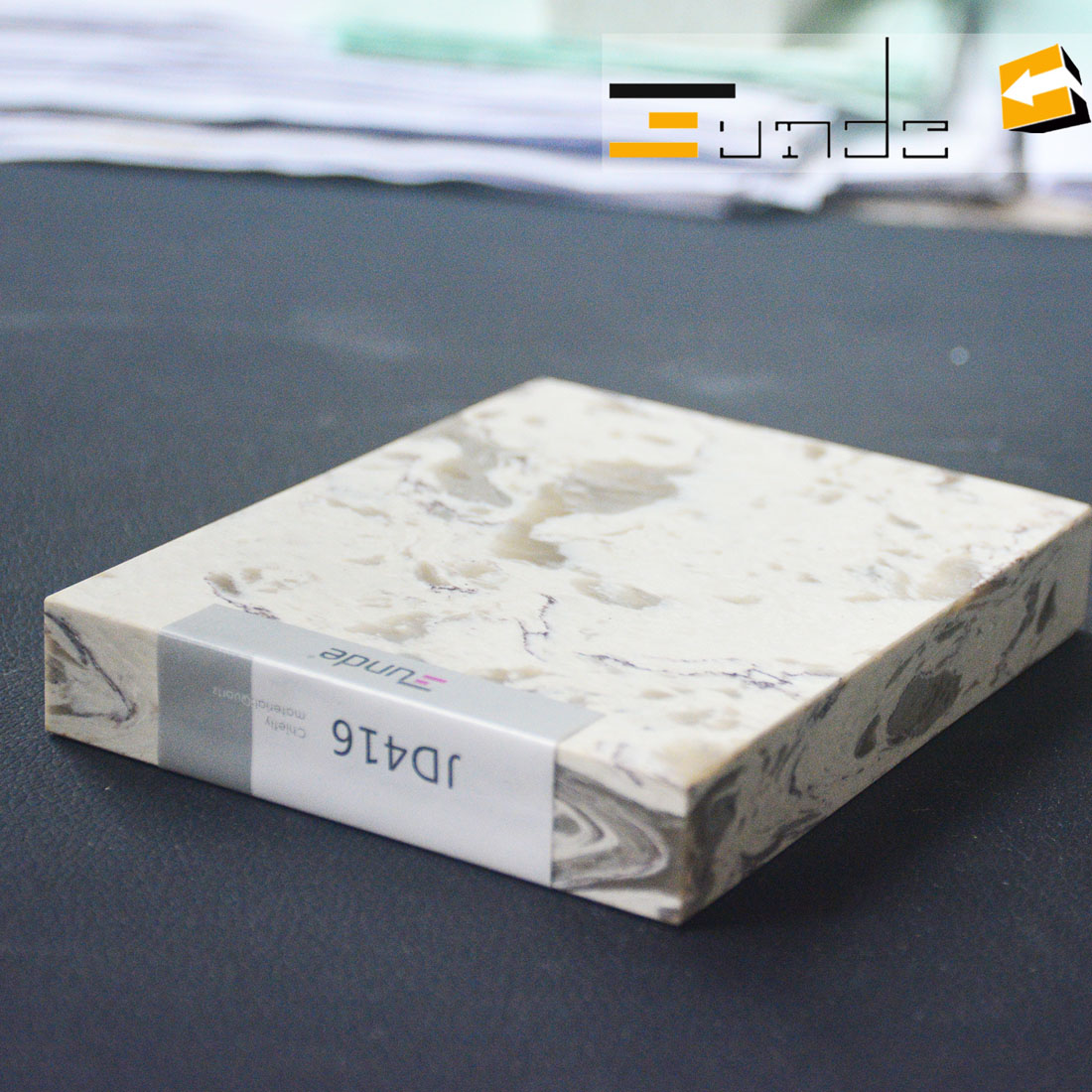 calacatta white quartz stone sample jd416-1