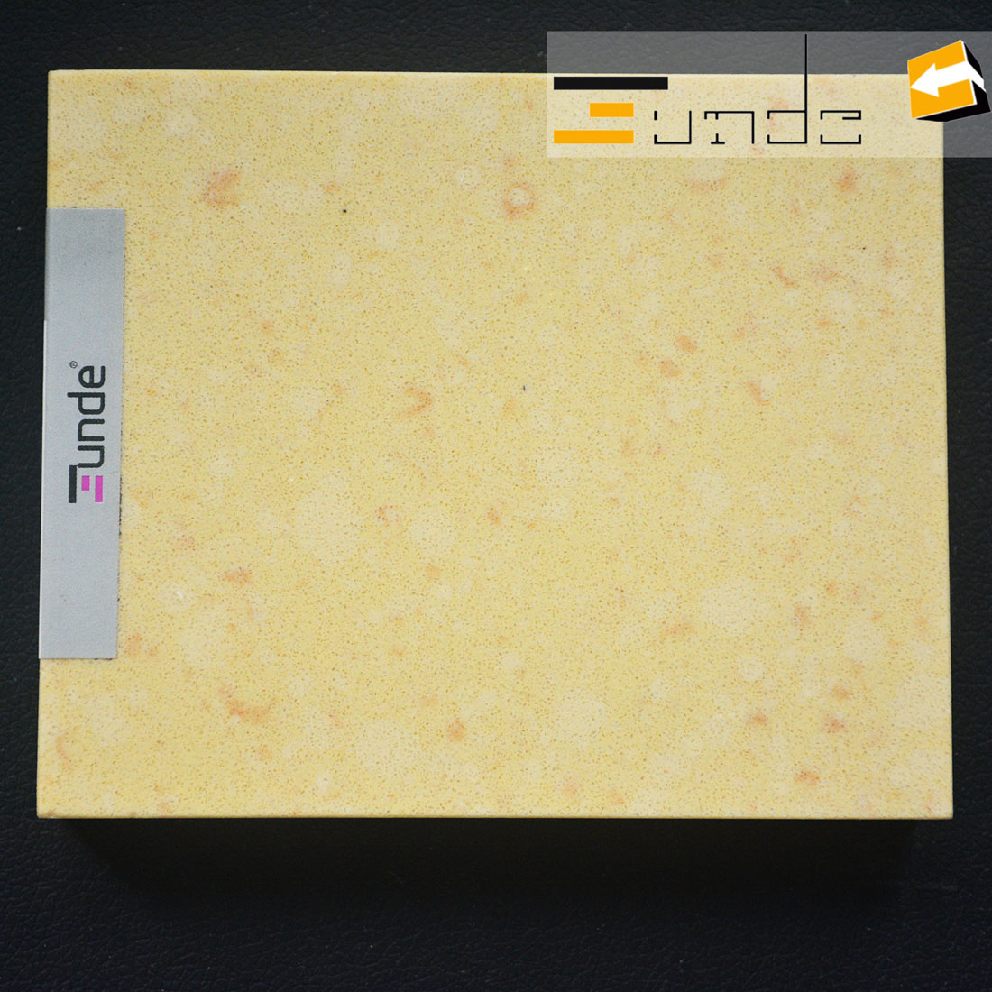 calacatta yellow quartz stone sample jd412-1