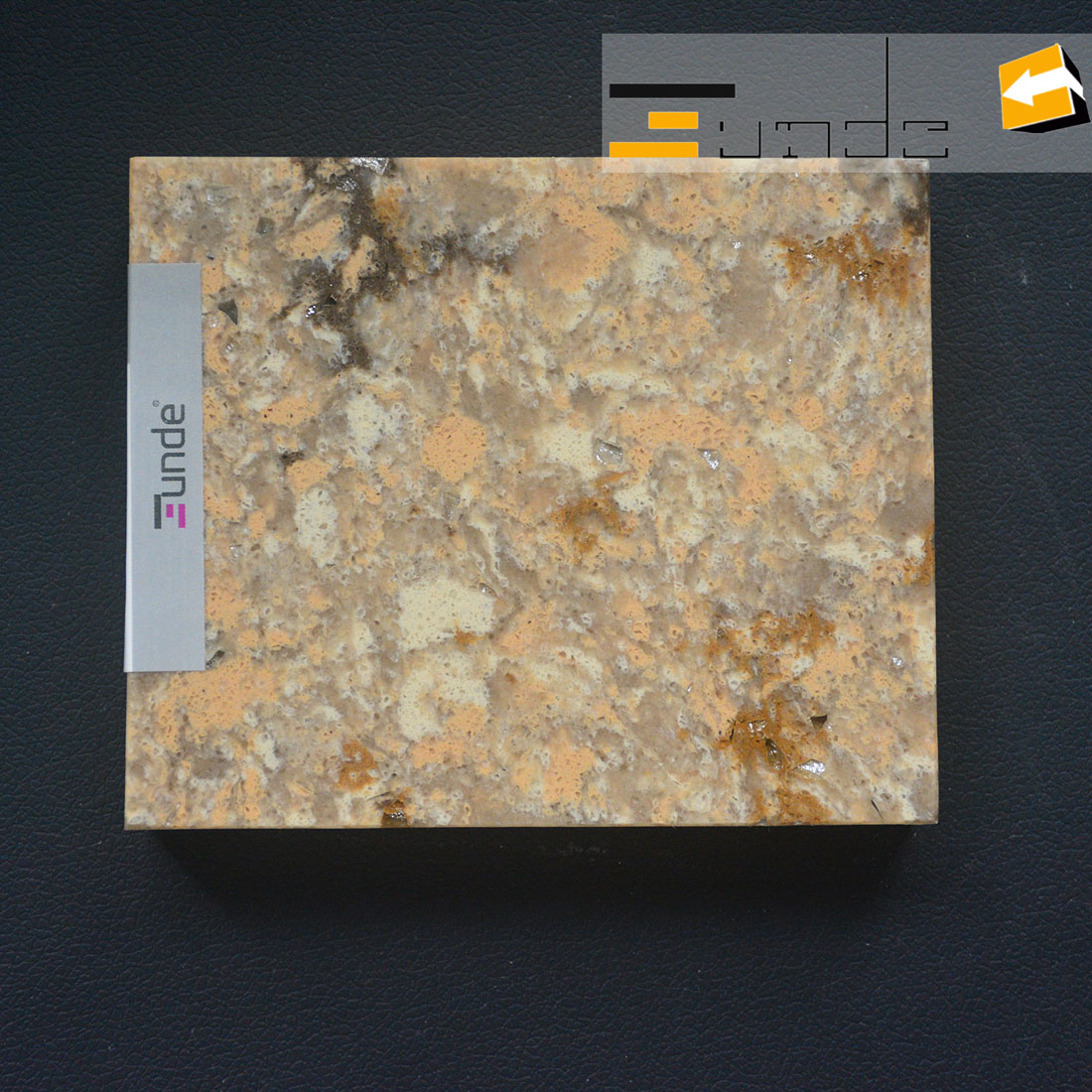 calacatta yellow quartz stone sample jd413-2