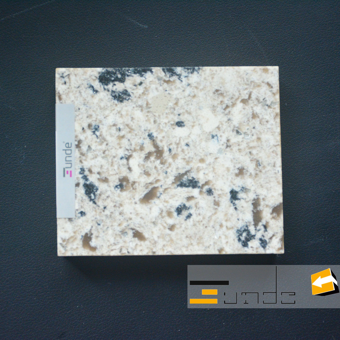calacatta yellow quartz stone sample jd417-3