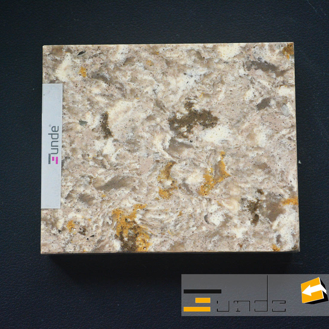 calacatta yellow quartz stone sample jd418-1