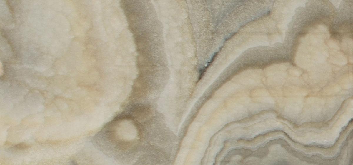 dove cream onyx