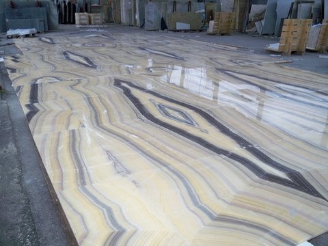 Multicolor Onyx Tiles Floor