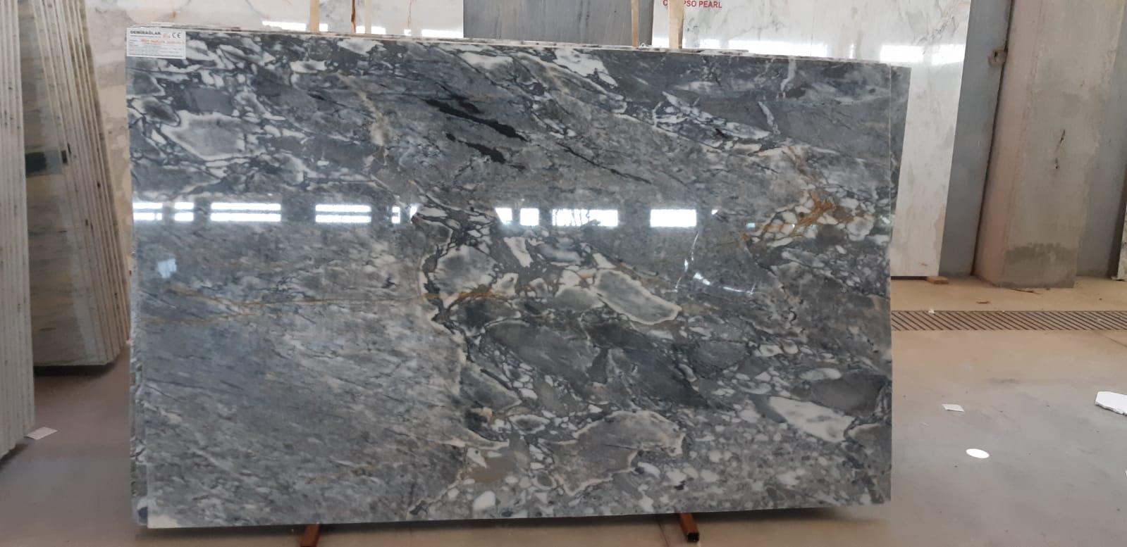 verde arabescato marble slabs