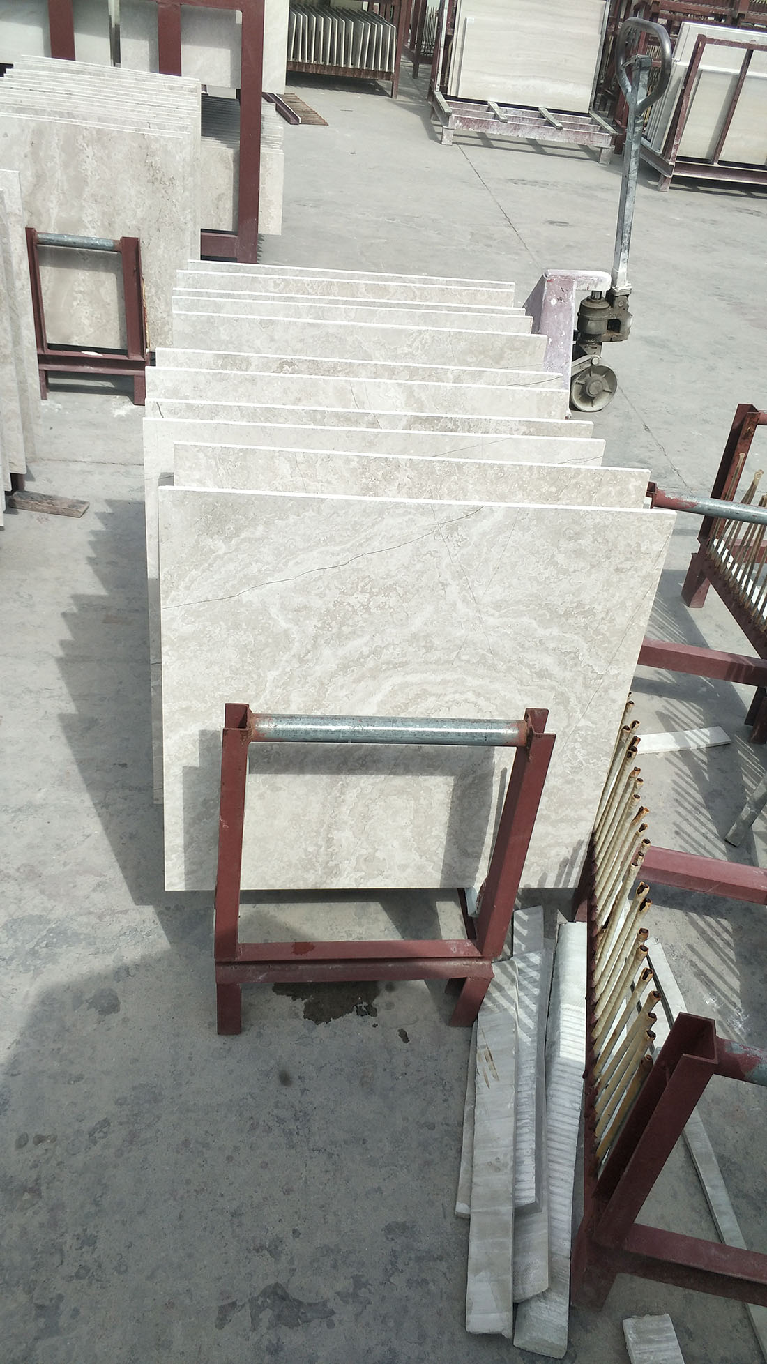 Chinese White Wood Vein Cross Cut Tiles for Flooring