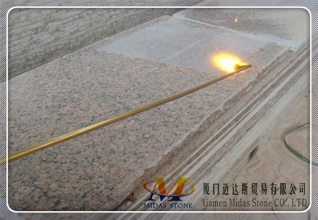 Flamed G562 Granite Slabs