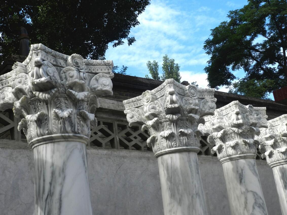 Italian carrara marble Roman columns stone pillars
