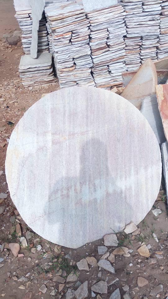 circle quartzite