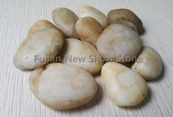 White crystal pebble stone