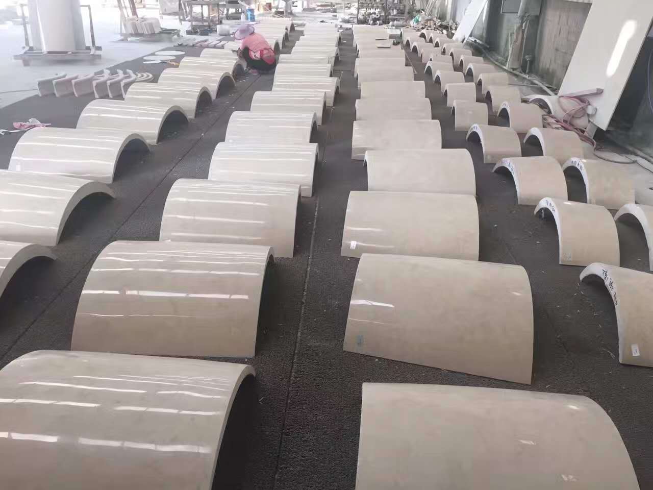 Polished Beige Marble Column with High Quality