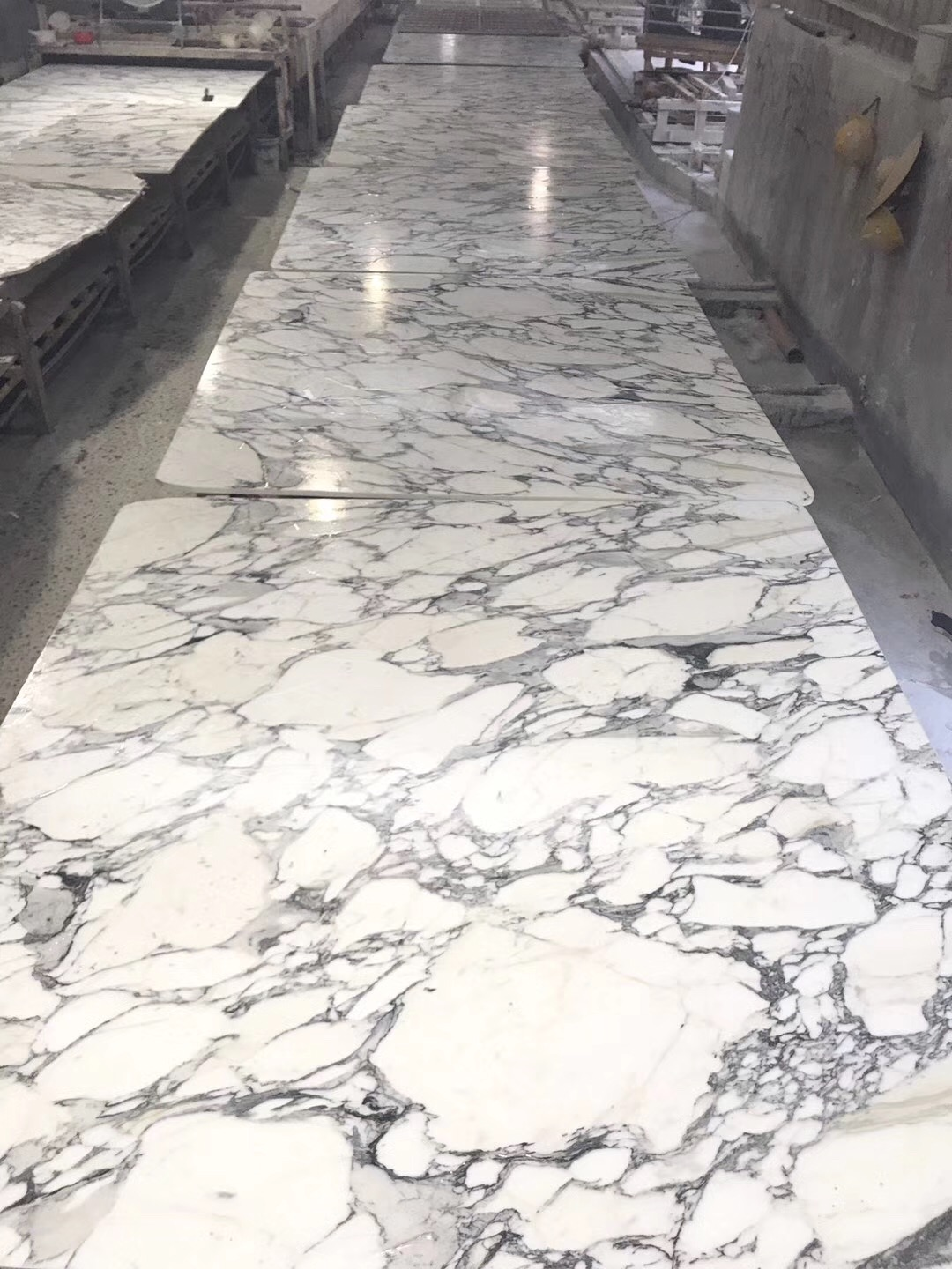 Nice white marble from italy