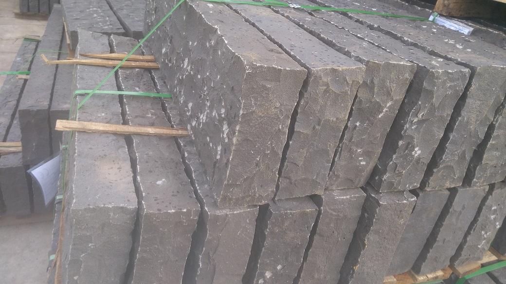 Vietnam basalt palisades- picked palisades
