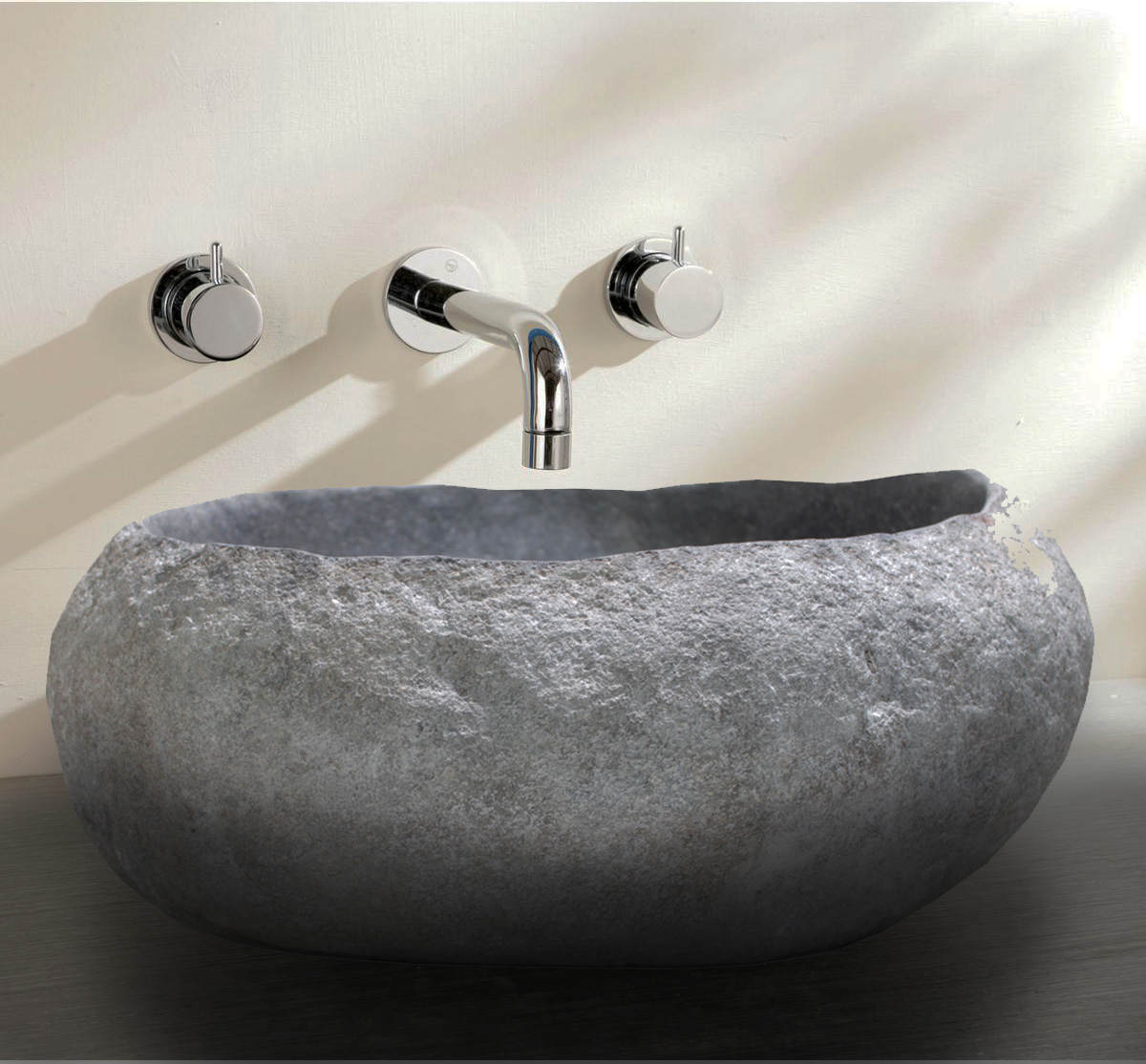 Natural river stone wash basin without edging